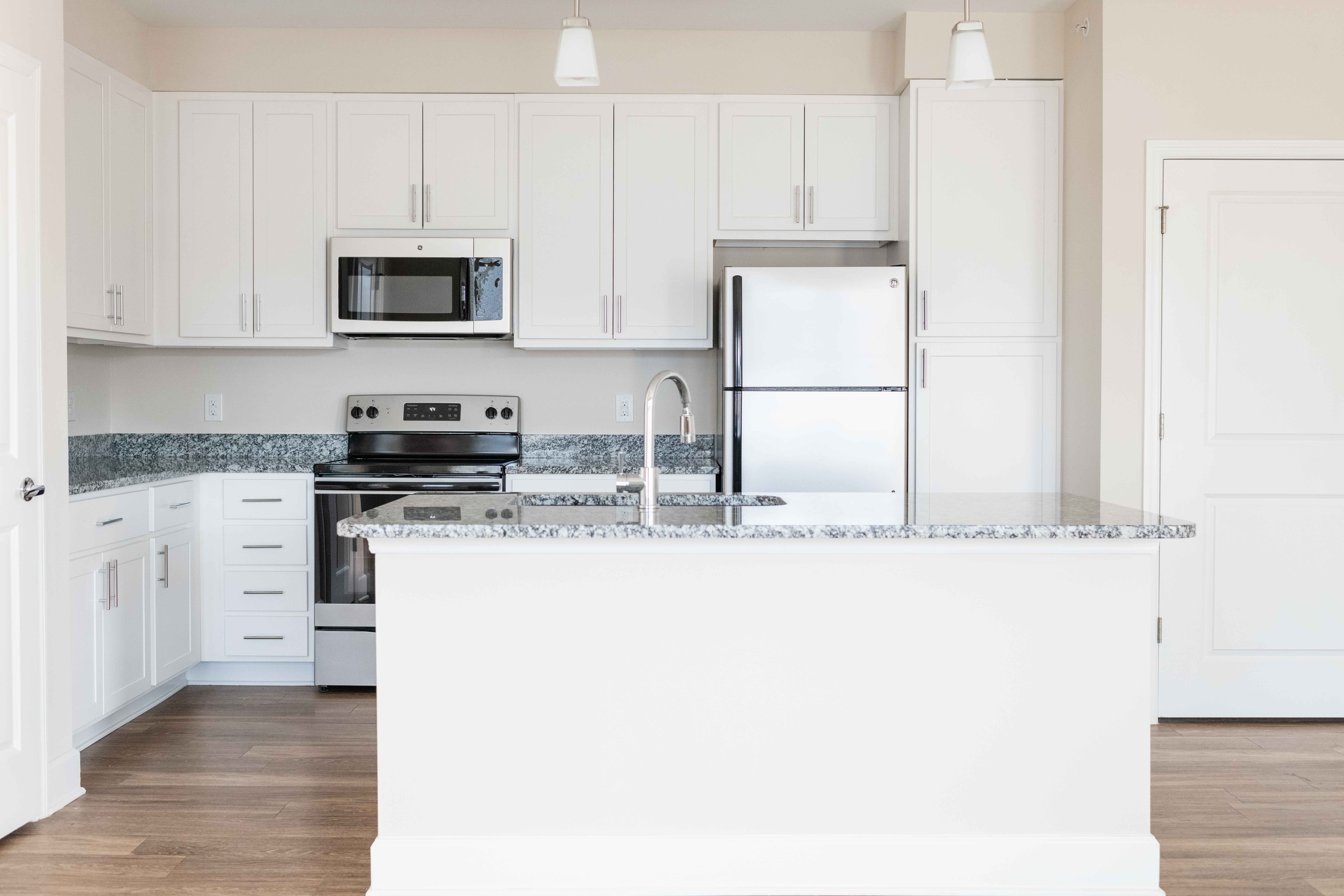 Preserve apartments in Morehead City kitchen